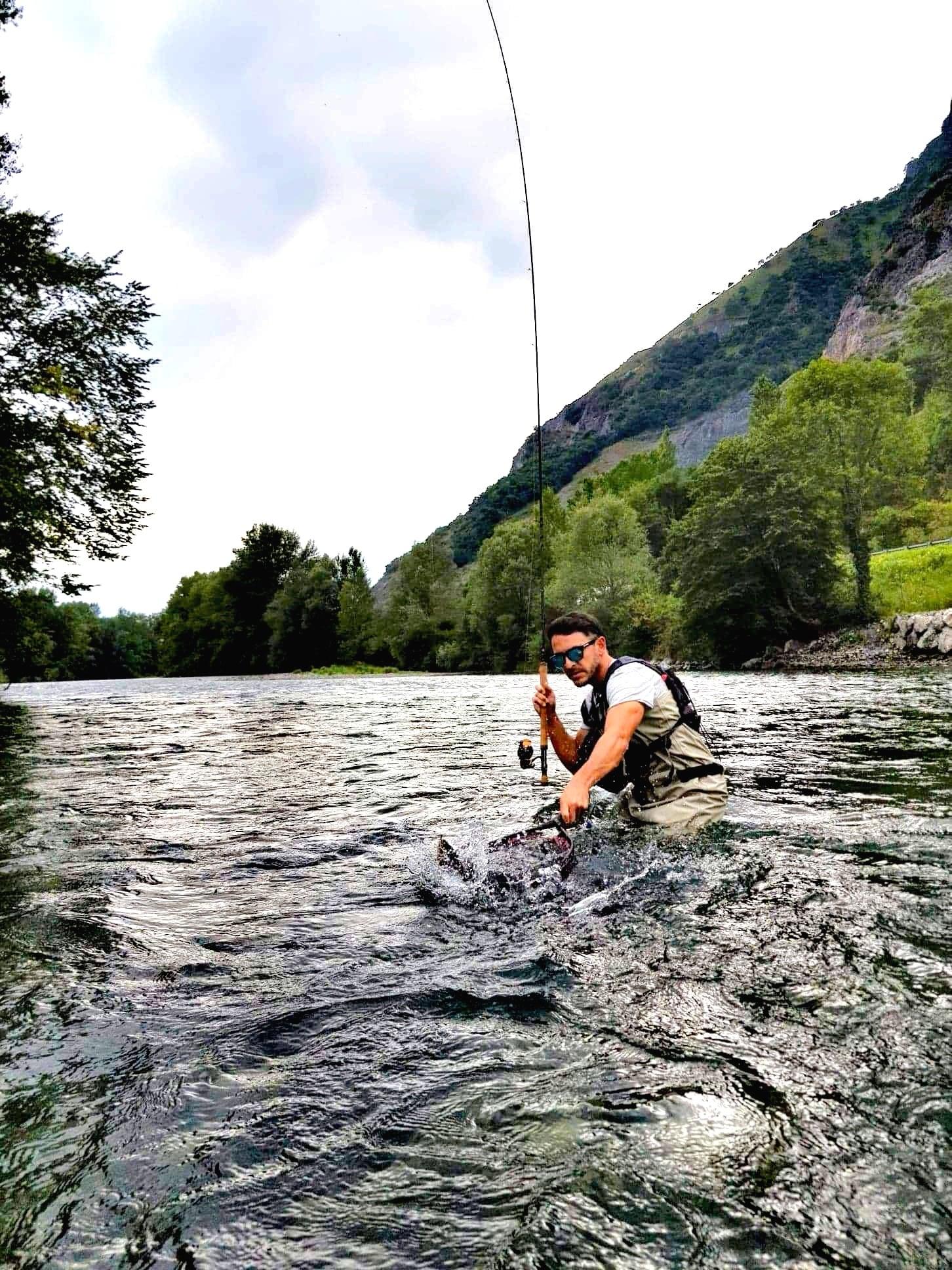Pierre Adrien Gineste, guide de pêche dans les Pyrénées